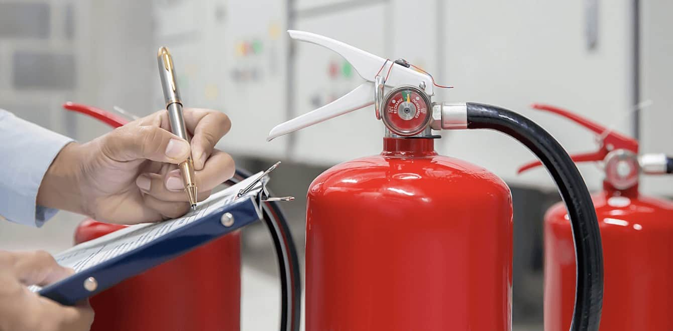 Technik požiarnej ochrany pre Vašu firmu, školenia ochrany pred požiarmi, prehliadky